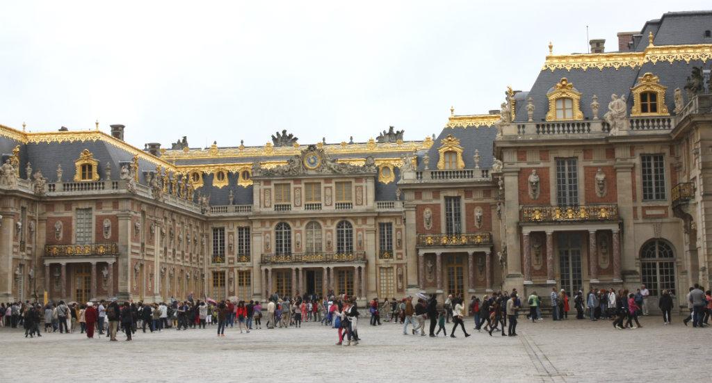 Åka till Versailles under Parisresan