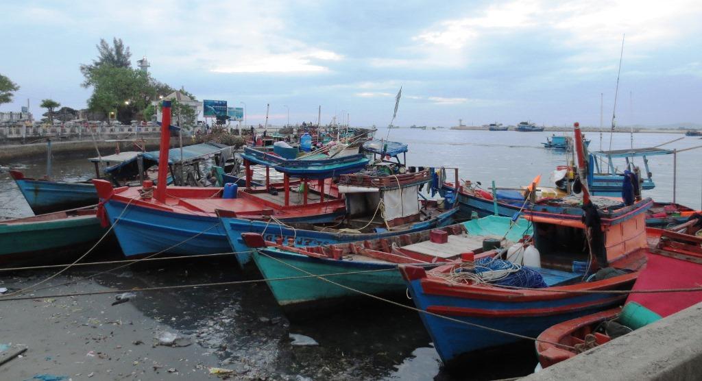 Duong-Dong-fiskebåt-vietnam-travelgrip
