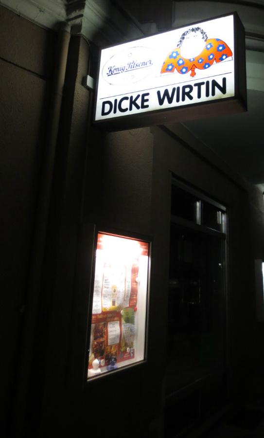 Dicki-Wirtin-Berlin-Savigny-Platz-TravelGrip