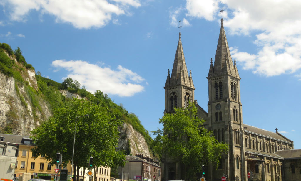 Rouen-Normandie-France-TravelGrip-kyrka