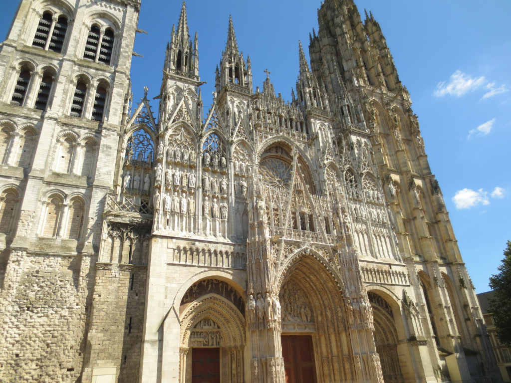 Rouen-katedral-Normandie-France-TravelGrip