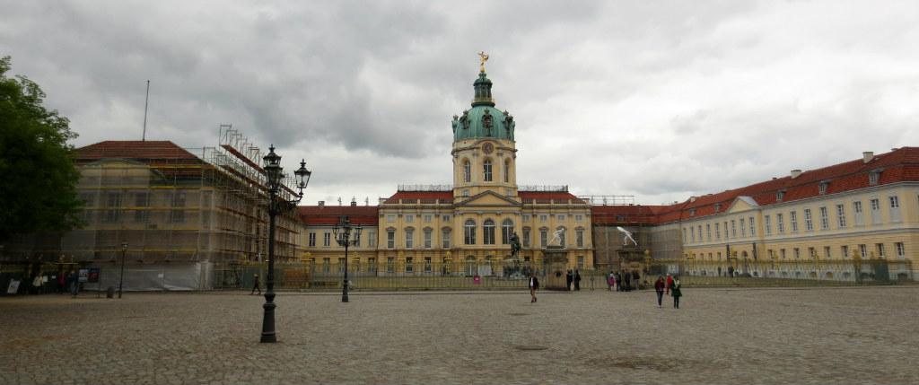 Schloss-Charlottenburg-Berlin-TravelGrip- (1)