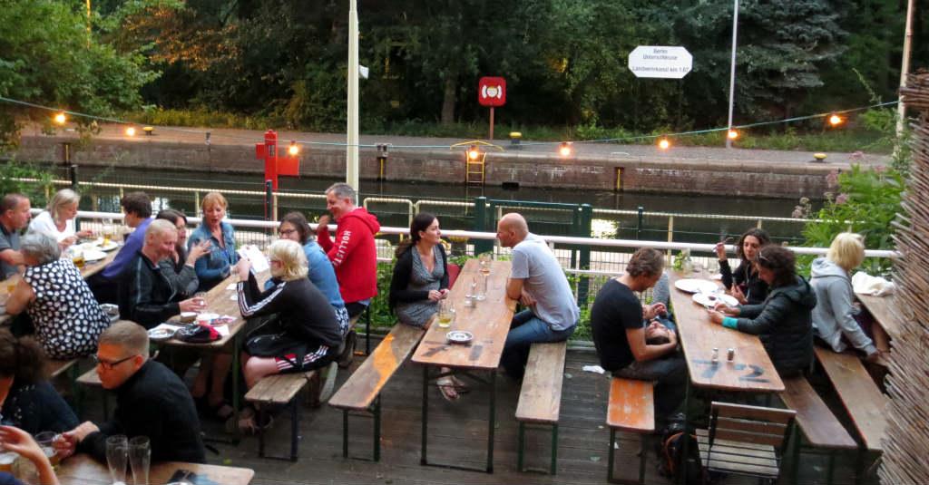 Biergarten-Schleusen-Krug-Berlin-Travelgrip