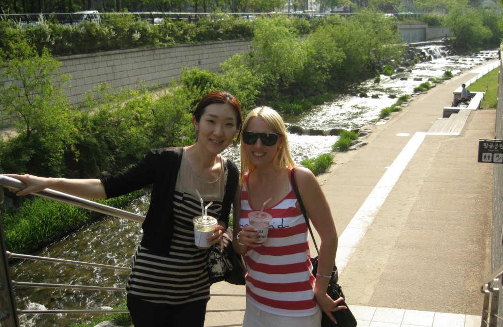 Cheonggyecheon-Seoul-TravelGrip