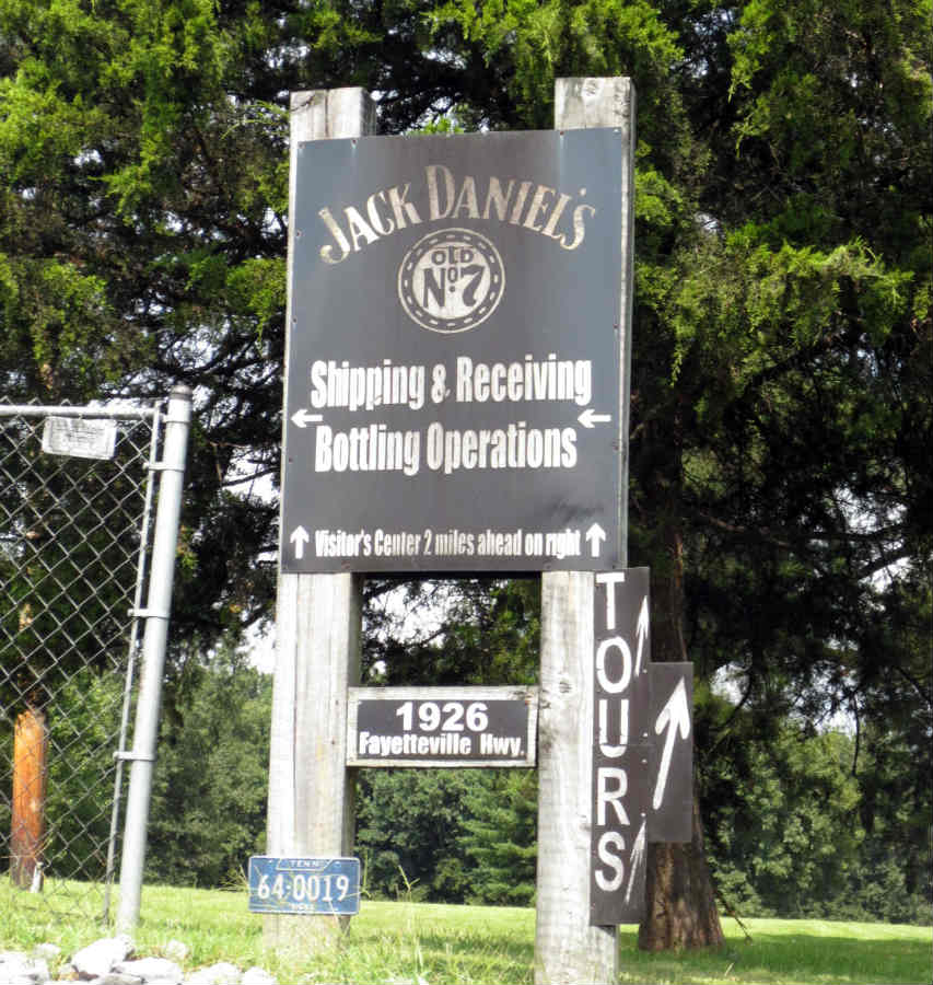 Jack-Daniels-Distillery-TravelGrip