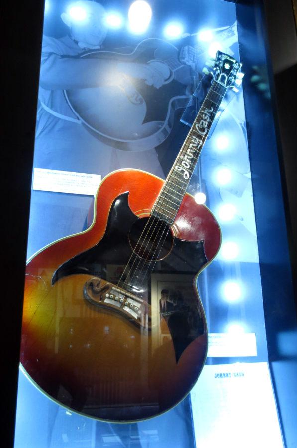 Johnny-Cash-Museum-gitarr-TravelGrip