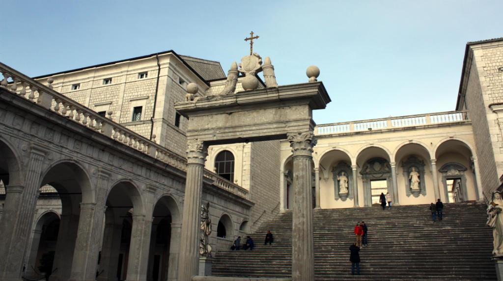 Monte-Cassino-Lazio-TravelGrip