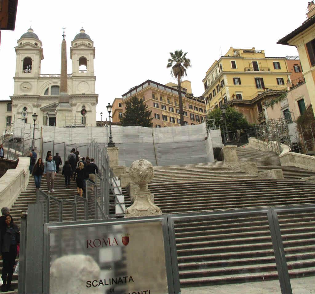 Resa-till-Rom-Spanska-trappan-TravelGrip