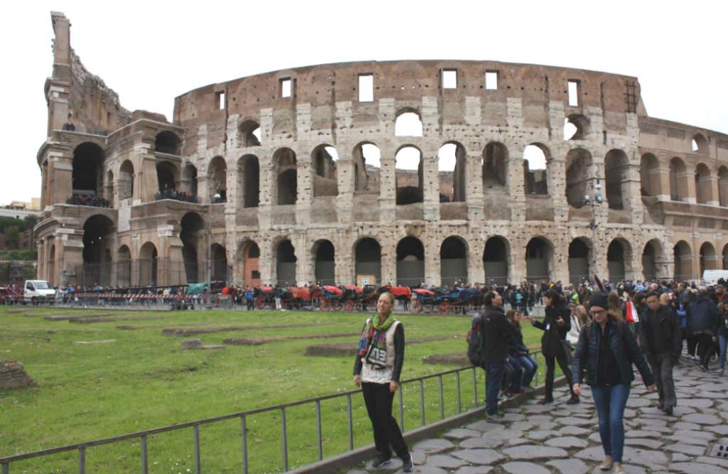 Resa-till-Rom-en-helg-Colosseum-Italien-TravelGrip