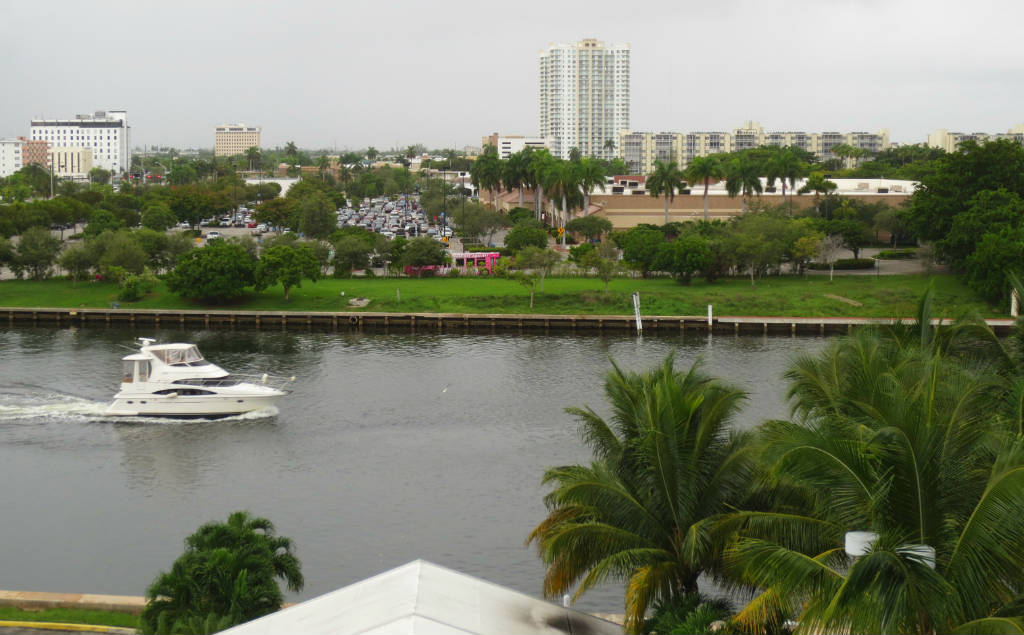 Kanal-Fort-Lauderdale-FLorida-TravelGrip