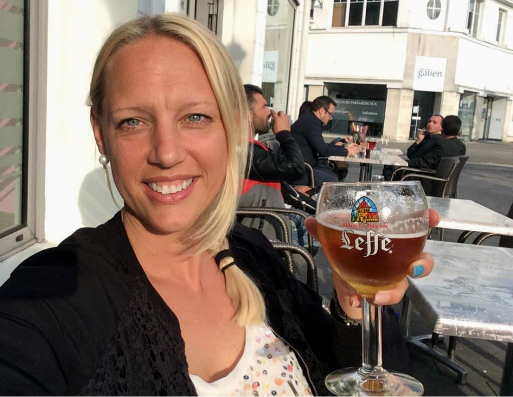 TravelGrip njuter av öl