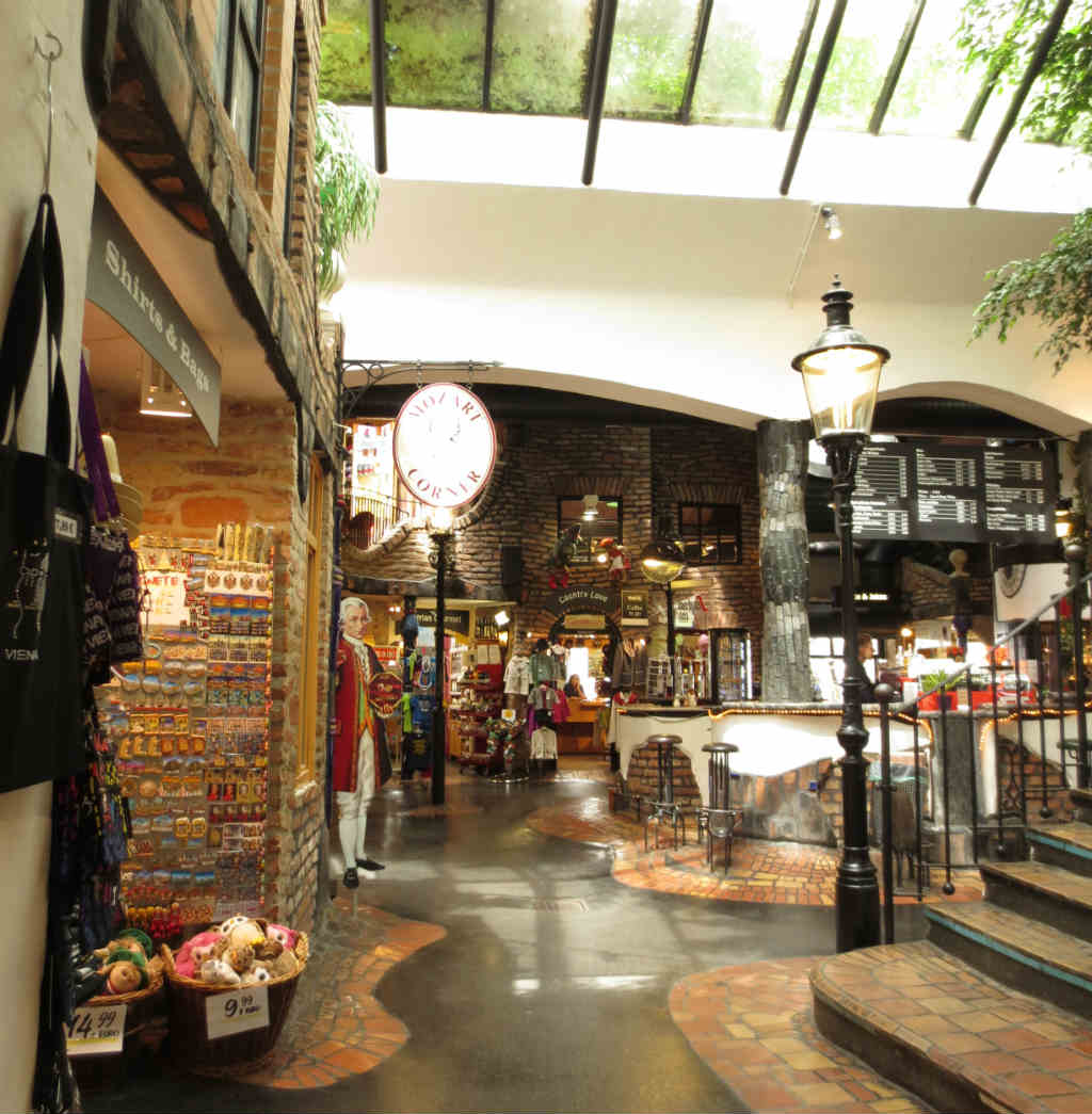 Hundertwasserhaus-Wien-TravelGrip-5