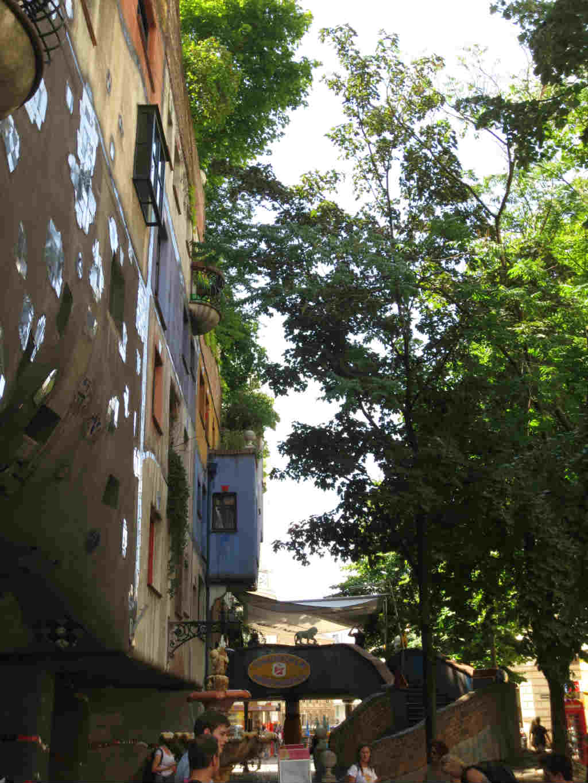 Hundertwasserhaus-Wien-TravelGrip-7
