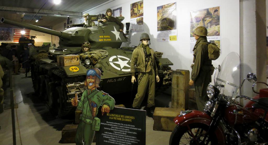 Köp-en-pansarvagn-i-Normandie-TravelGrip
