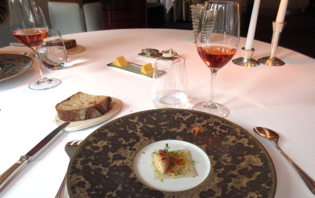 L-Assiette-Champenoise-Foie-Gras-med-langustin-tartare-Reims-TravelGrip