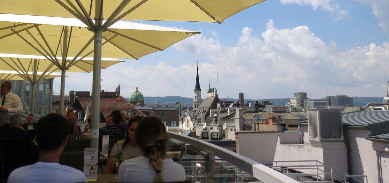 sky-rooftop-bar-wien-travelgrip
