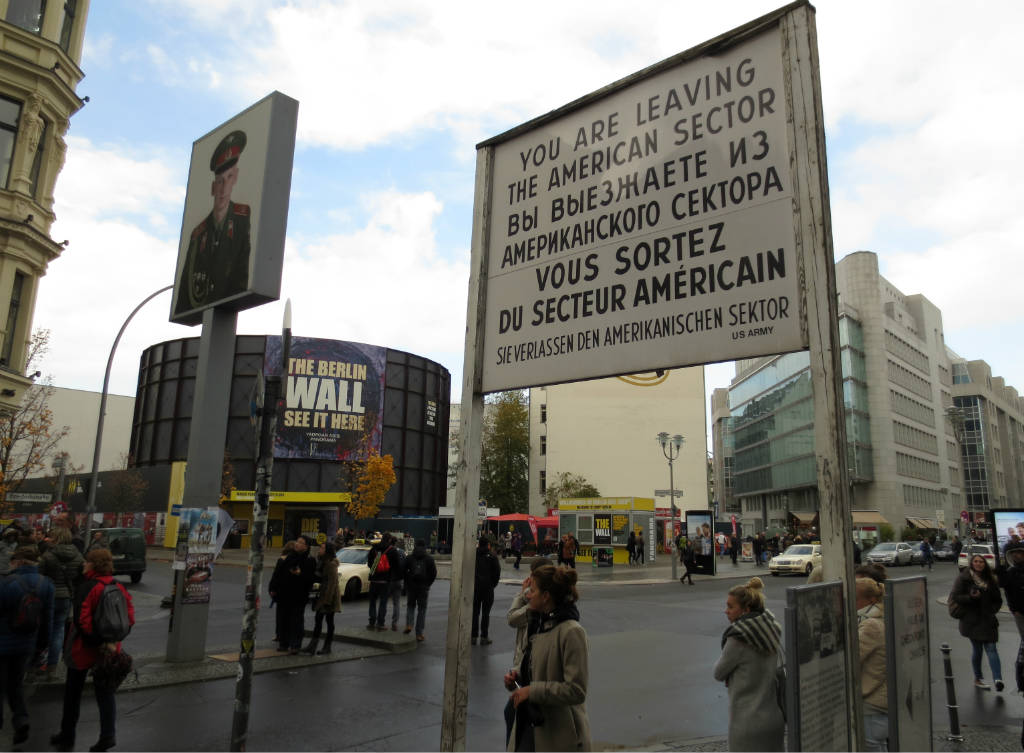 checkpoint-charlie-berlin-travelgrip