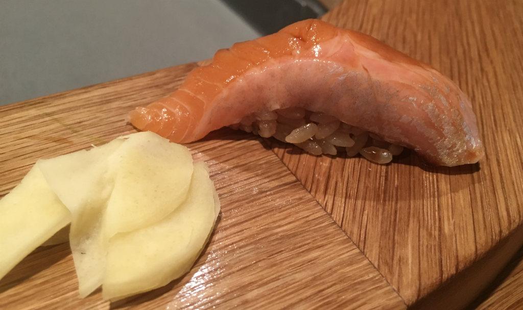 Imouto-Röding-sushi-Omakase-TravelGrip