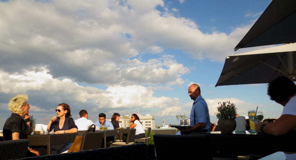Rooftop-bar-in-Vienna-LadyTravelGuide