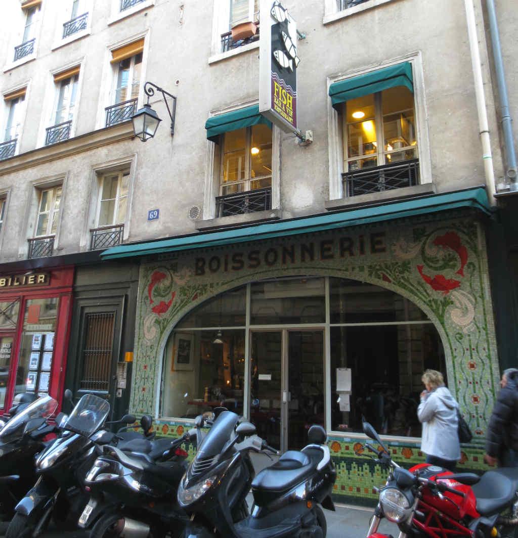 Paris-Saint-Germain-des-Pres-TravelGrip
