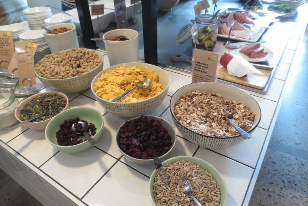 Hotellrecension-Hotel-Noble House-frukost-Malmo-TravelGrip-3