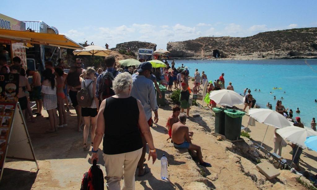 Kommers i Blå Lagunen på Malta