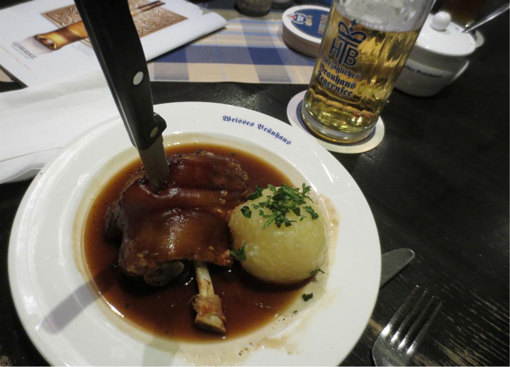 Fotboll-och-schnitzel-i-Munchen-Travelgrip-6