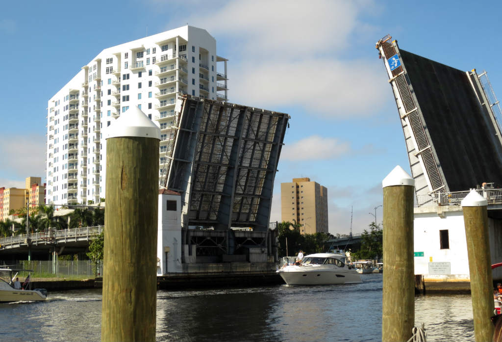 The-Wharft-Miami-Riverside-Florida-TravelGrip- (8)