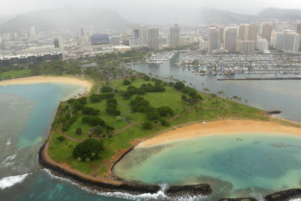 Honolulu-helikoptertur-Hawaii-TravelGrip-3