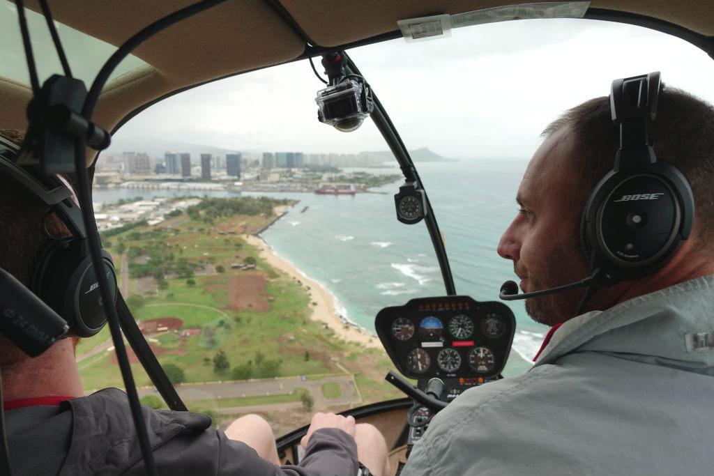 Honolulu-helikoptertur-Hawaii-TravelGrip-Novictor