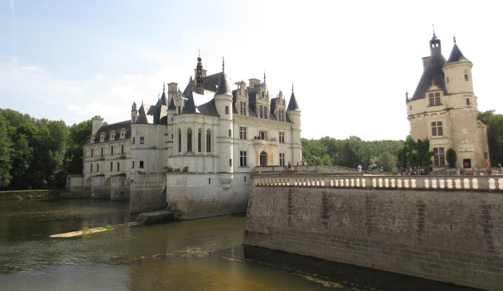 Rundresa bland slotten i Loire