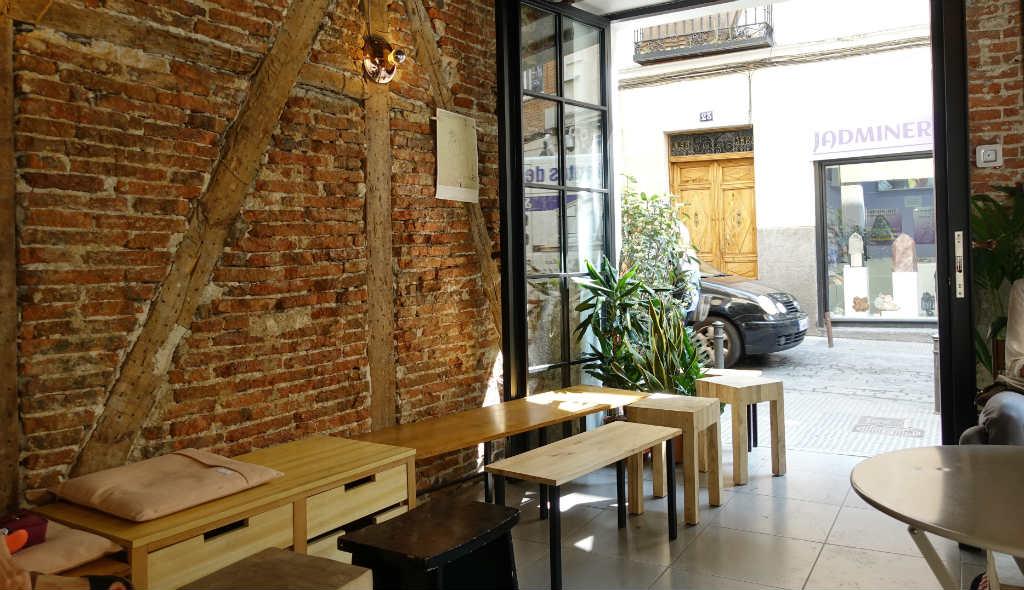 ak-till-madrid-en-langhelg-TravelGrip-Plántate-Café-1