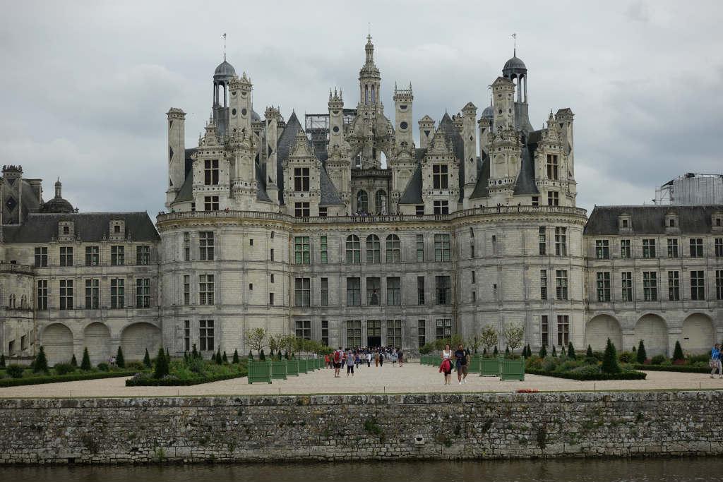Det-gigantiska-slottet-chateau-de-chaumont-loire-travelgrip