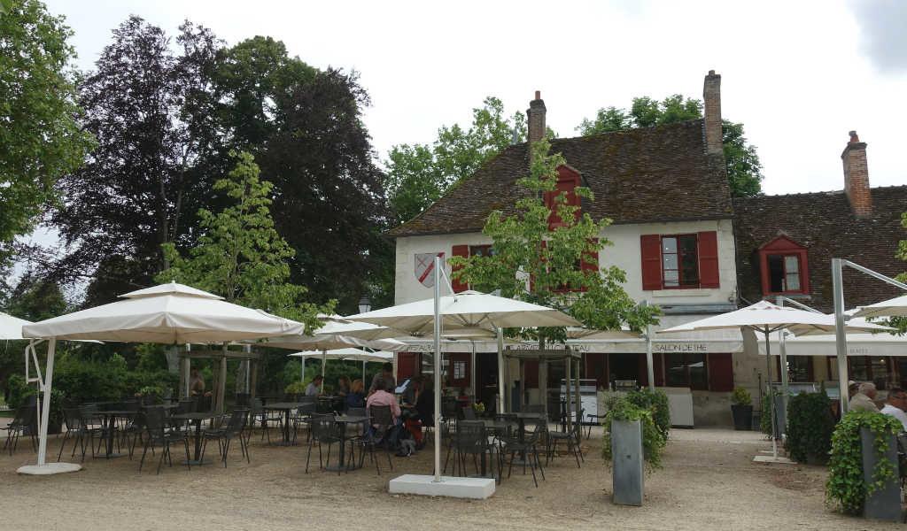 gigantiska-slottet-chateau-de-chambord-loire-travelgrip-5