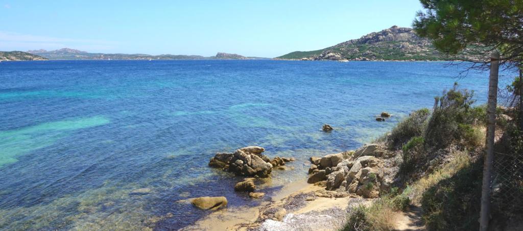 Smaragdkusten i norra Sardinien
