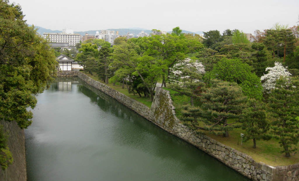 Vallgraven runt slottet Nijō