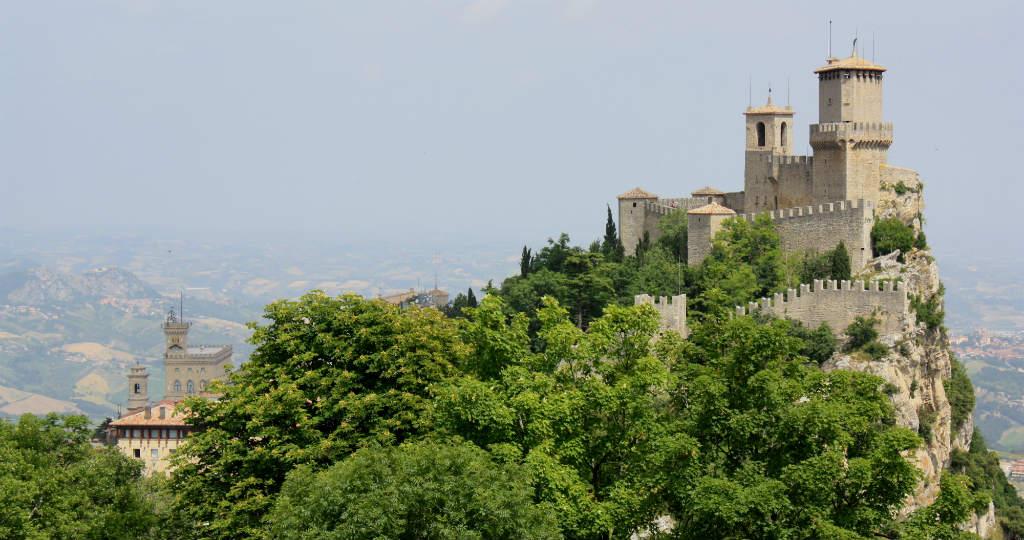 Borg på toppen av San Marino