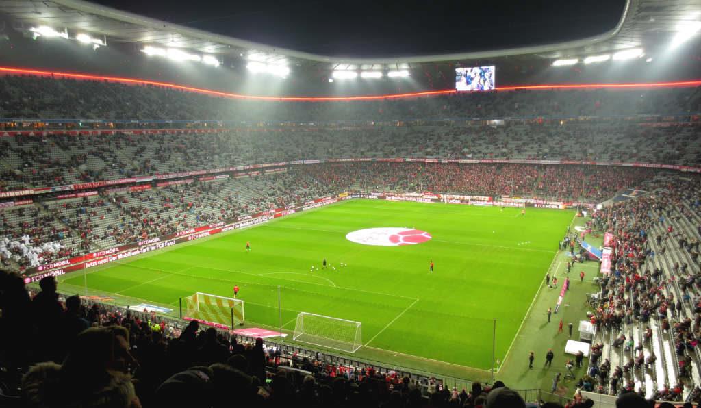 Tågluffa i Europa och se fotboll