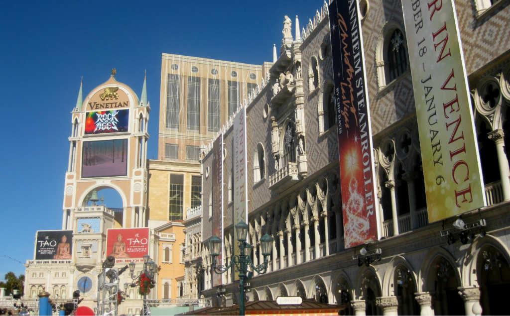 Se konserter och musikaler exempelvis i Las Vegas
